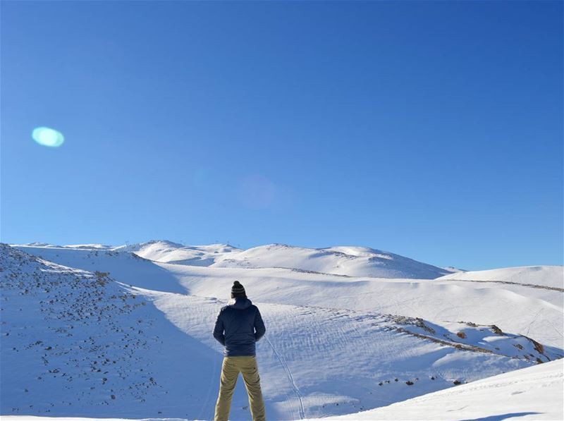 winter snow mountains nature naturephotography sun sky white hiking hike... (3youn El Simen)